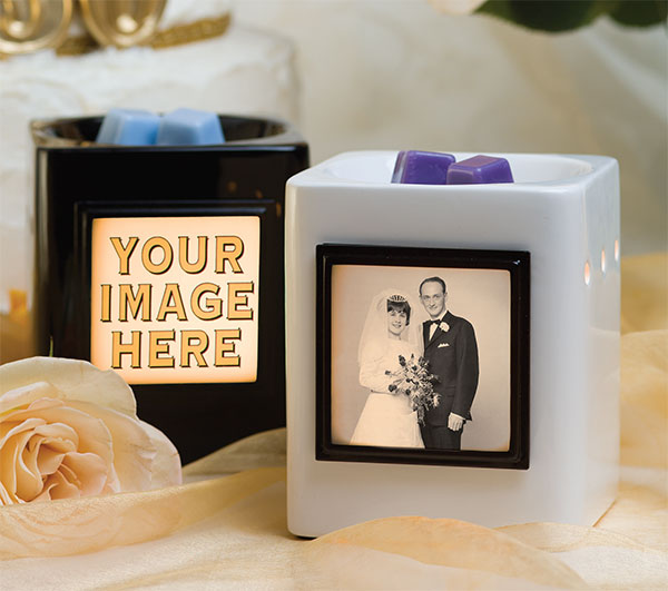 Scentsy Custom Gifts – Personalized Candle Warmers